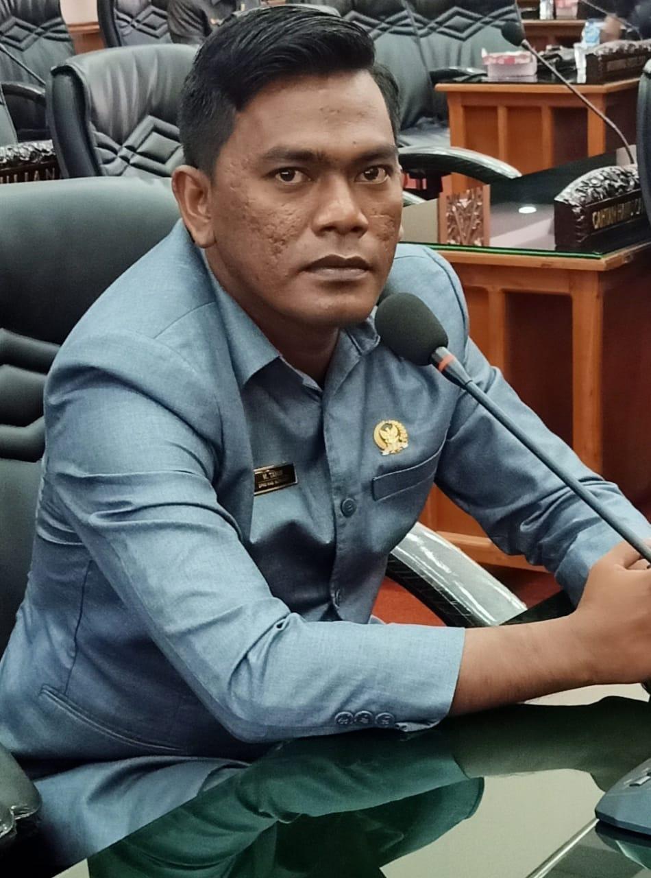 M. Tahir Anggota Fraksi Partai Gerindra DPRD Kabupaten Sumbawa